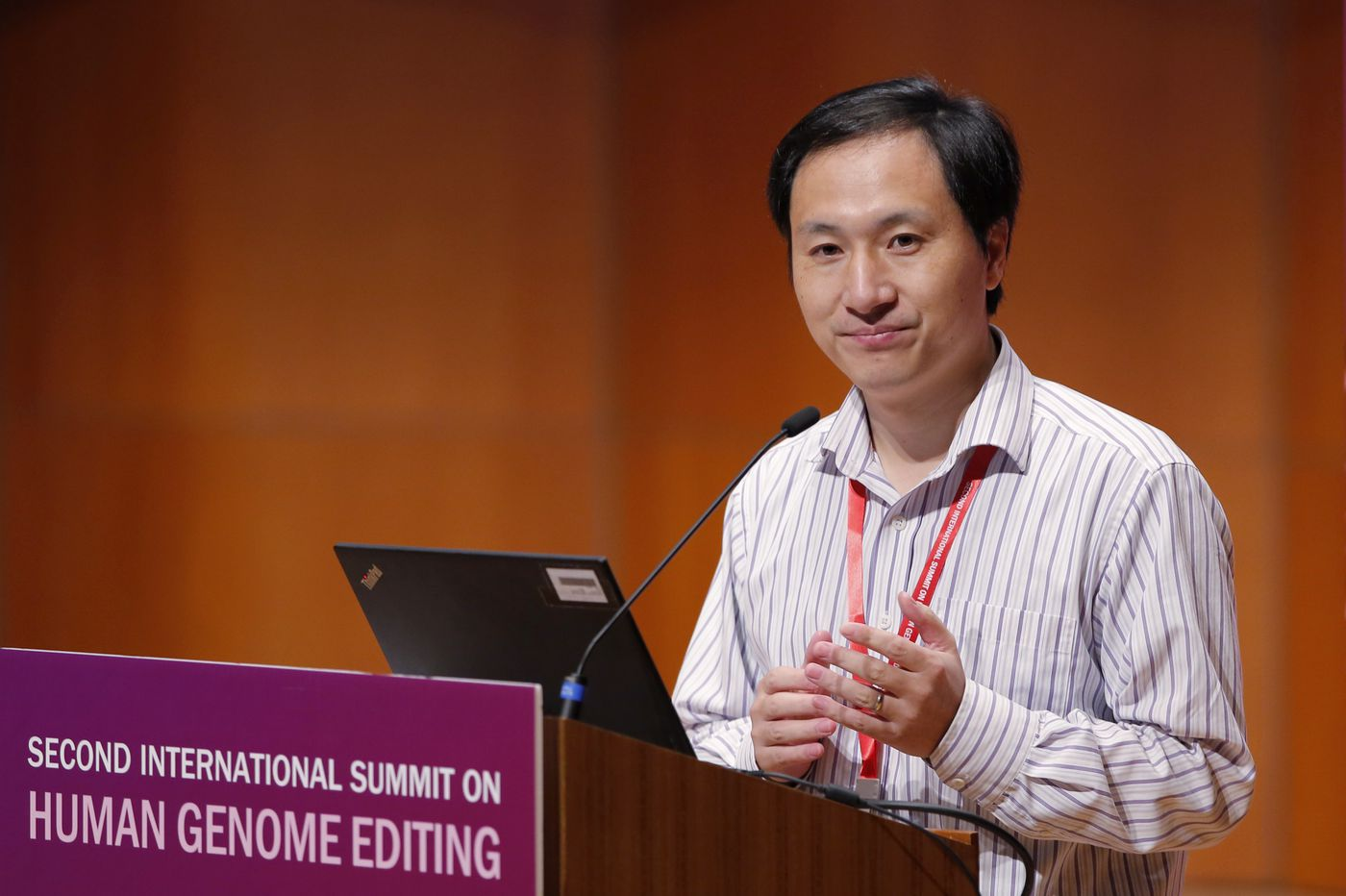 Scientists call for a halt to genetically editing embryos, rebuke Chinese researcher