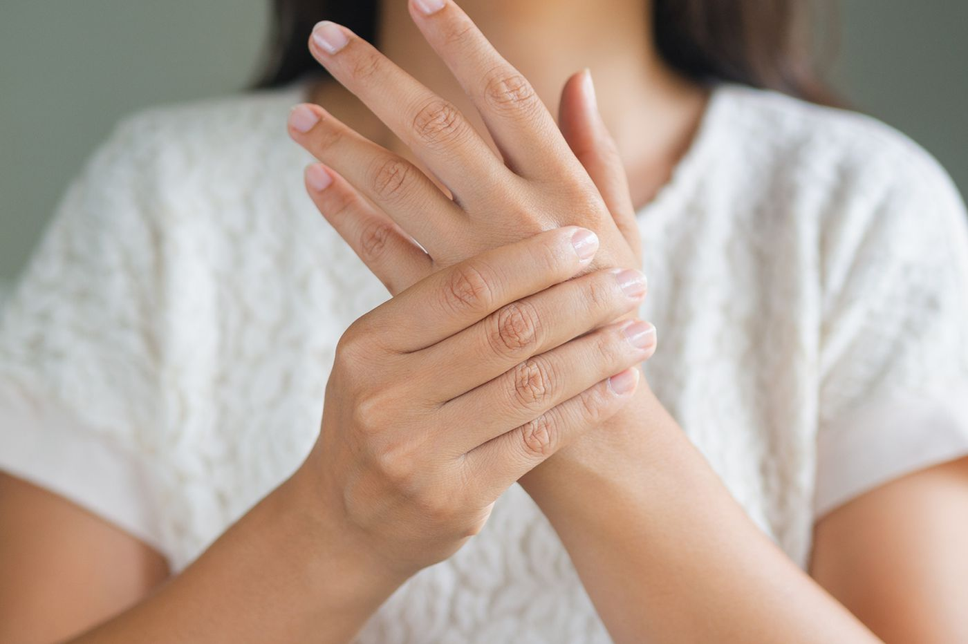 Medical Mystery: What caused this woman's wrist to swell?