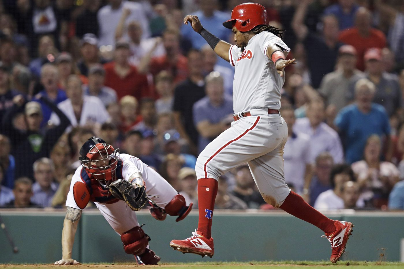 Jake Arrieta dazzles for seven innings to lift Phillies past Red Sox