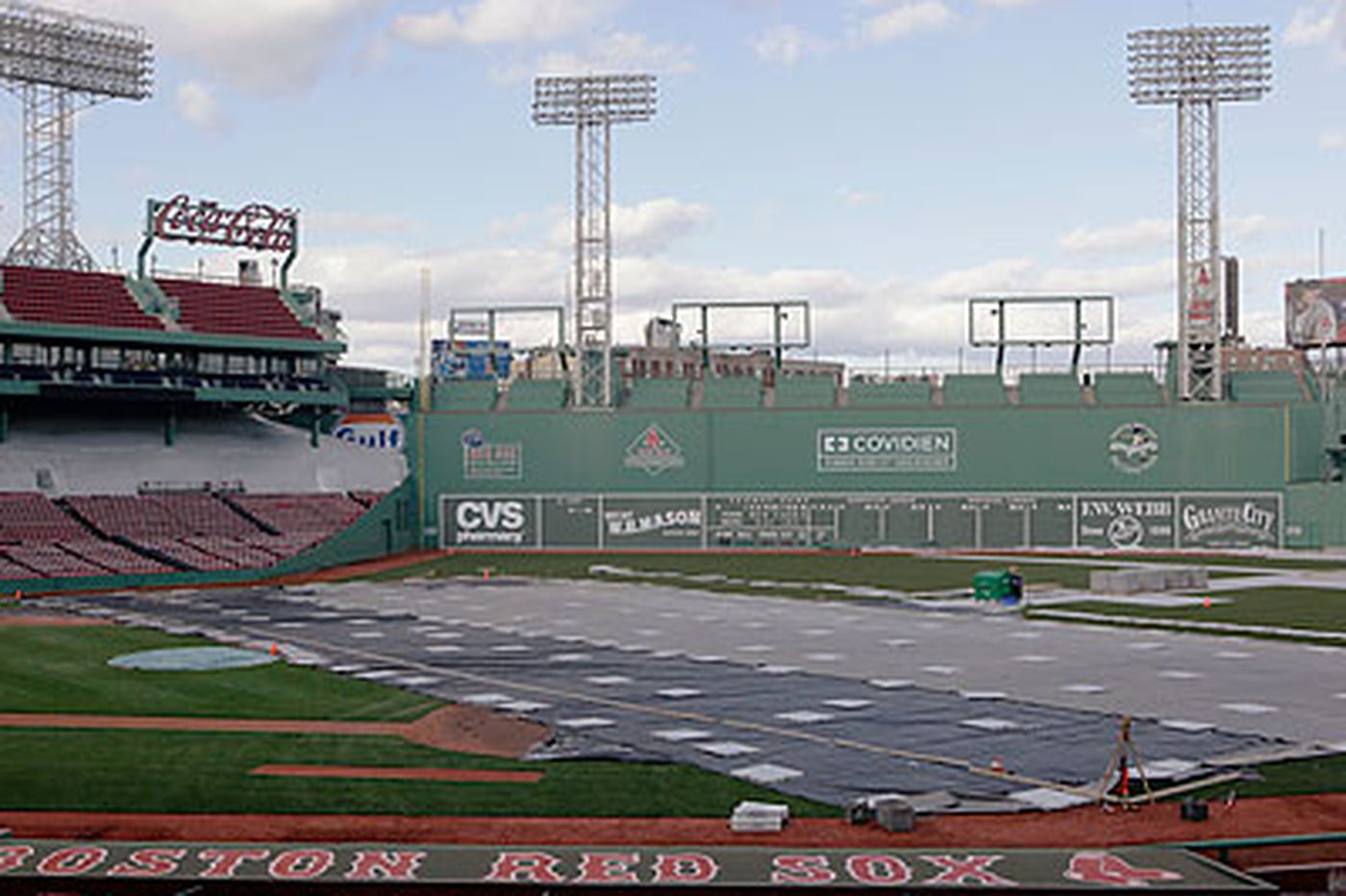 Flyers Notes: Flyers visit as Fenway is prepped for Winter Classic