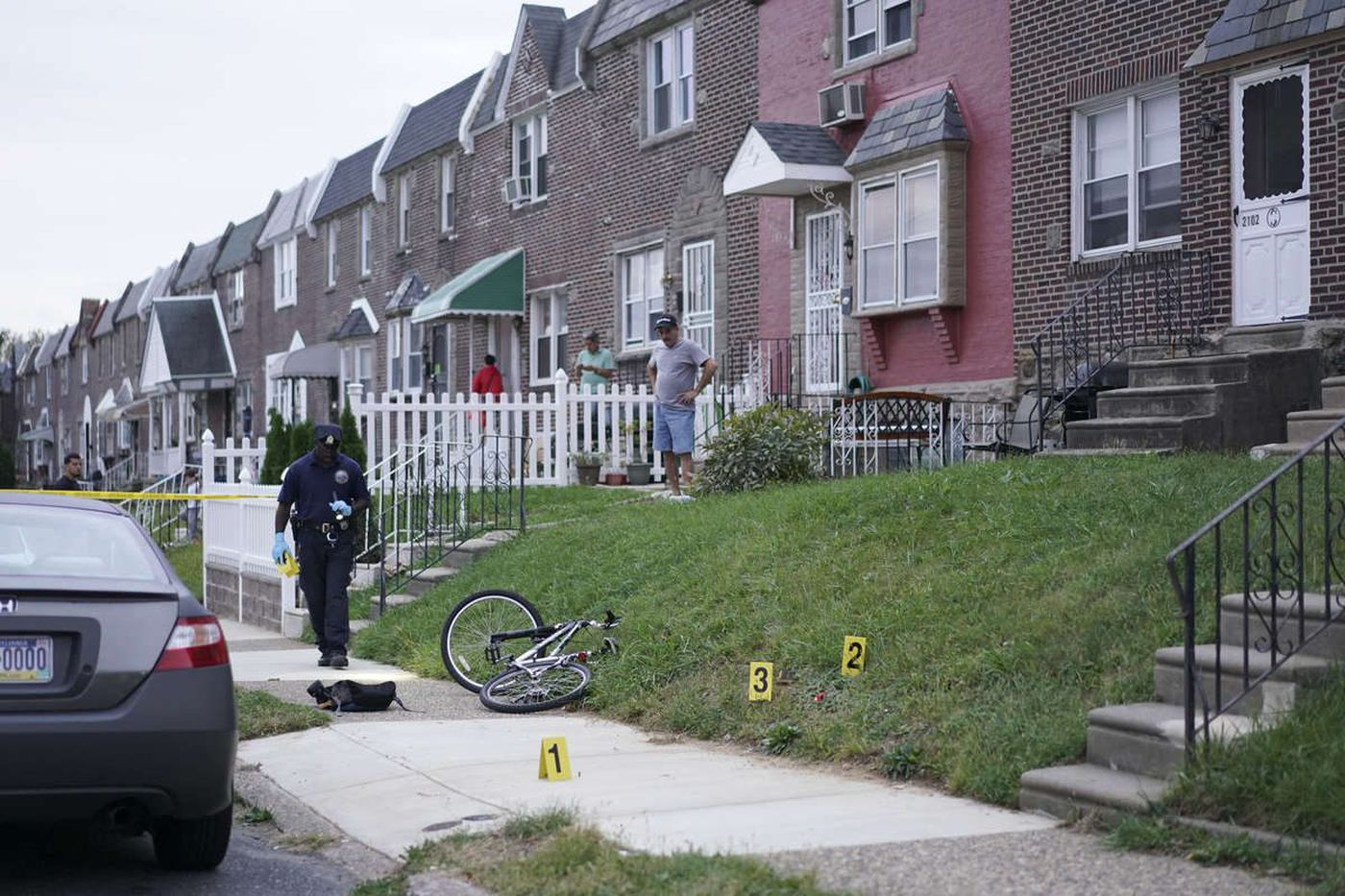 Philly teen dies after being shot in Oxford Circle student melee