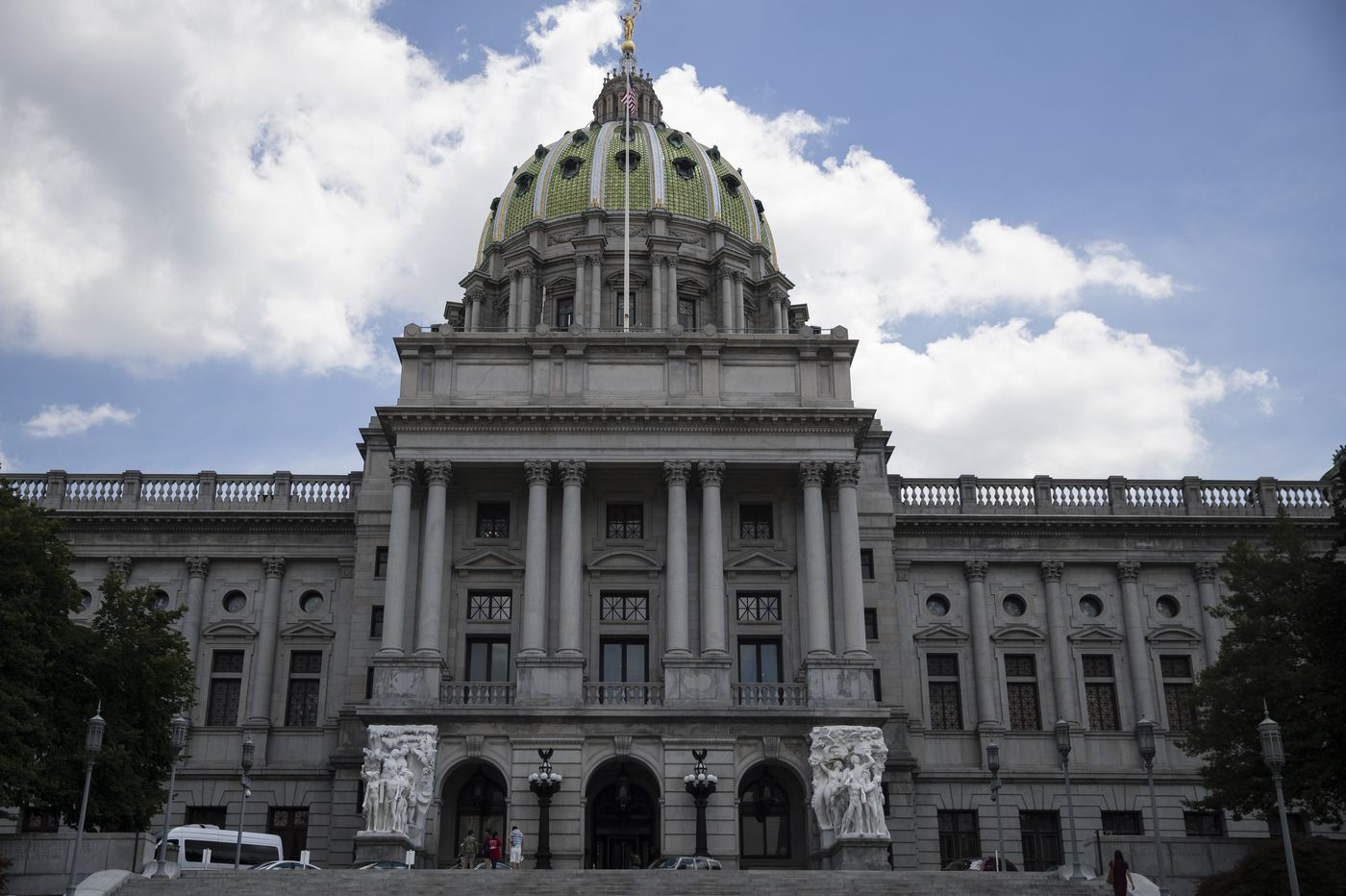 Pa.'s 5G wireless bill stirs up fears that it will cater to telecom and gut towns' zoning
