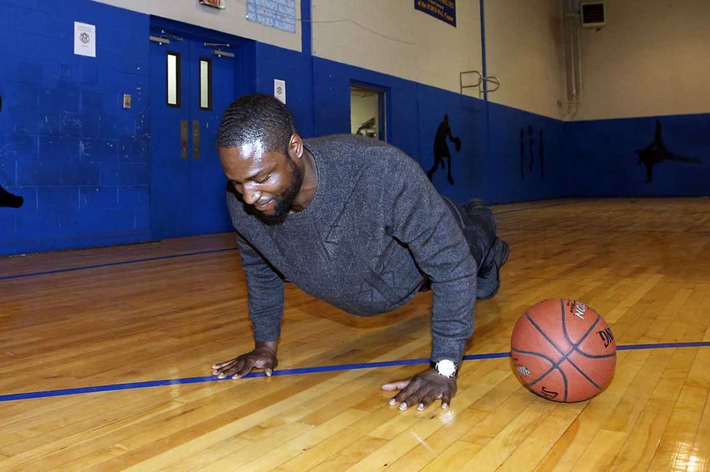 With help from the D.A., warring crews in South Philly break for basketball