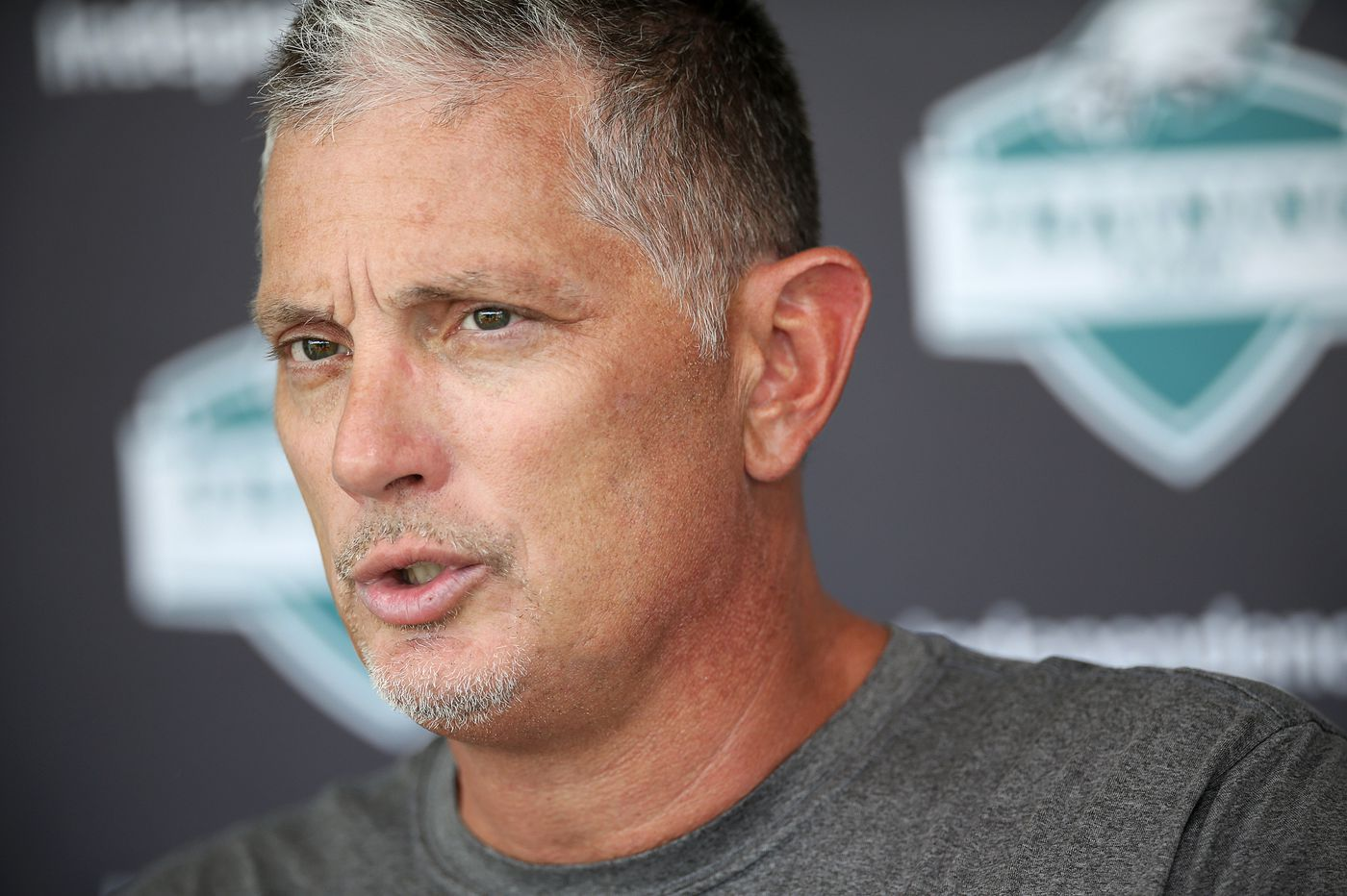 Jim Schwartz tries to explain the inexplicable, then reassemble Eagles' shattered defense