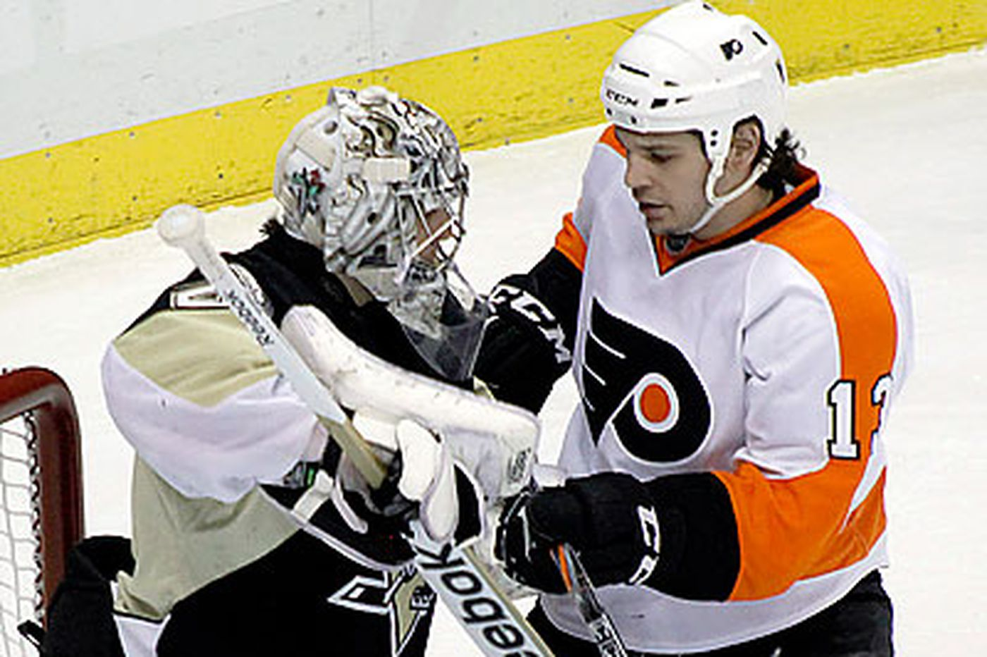 Flyers-Penguins rivalry could be at risk in realignment