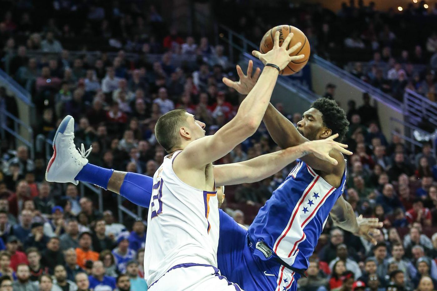 Suns 115, Sixers 101: Devin Booker steals the show, and other quick thoughts from a 115-101 loss