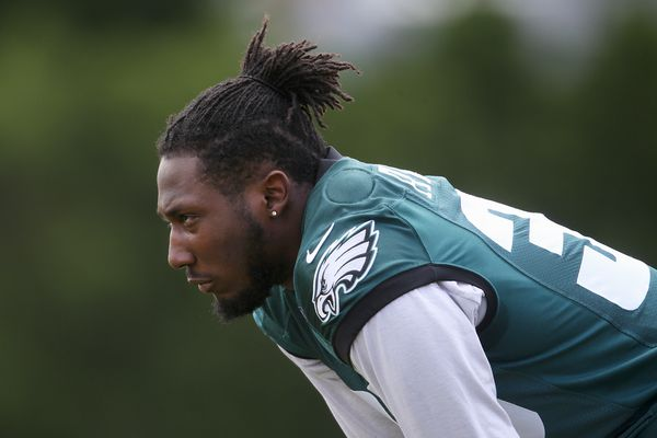 Eagles practice Wednesday with only two running backs from active roster