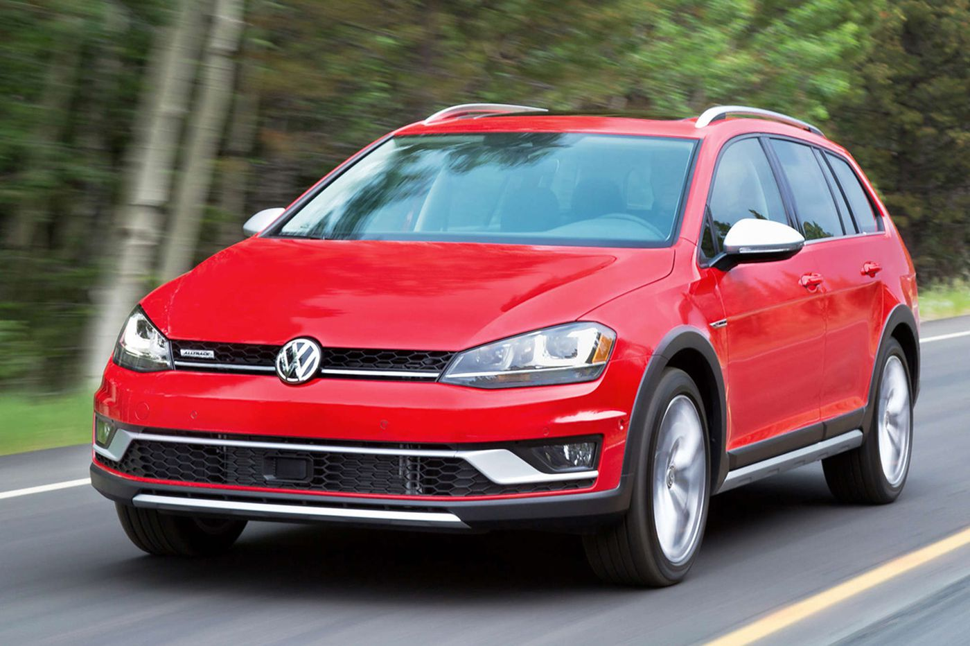 New Volkswagen Alltrack takes aim at the Outback