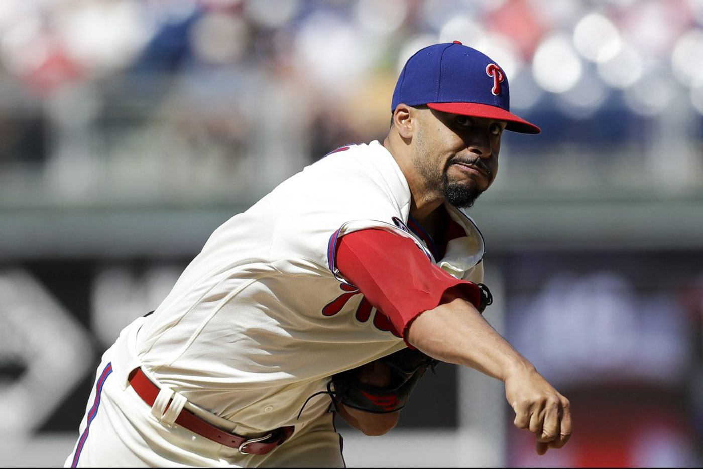 Phillies reliever Jesen Therrien might miss all of 2018