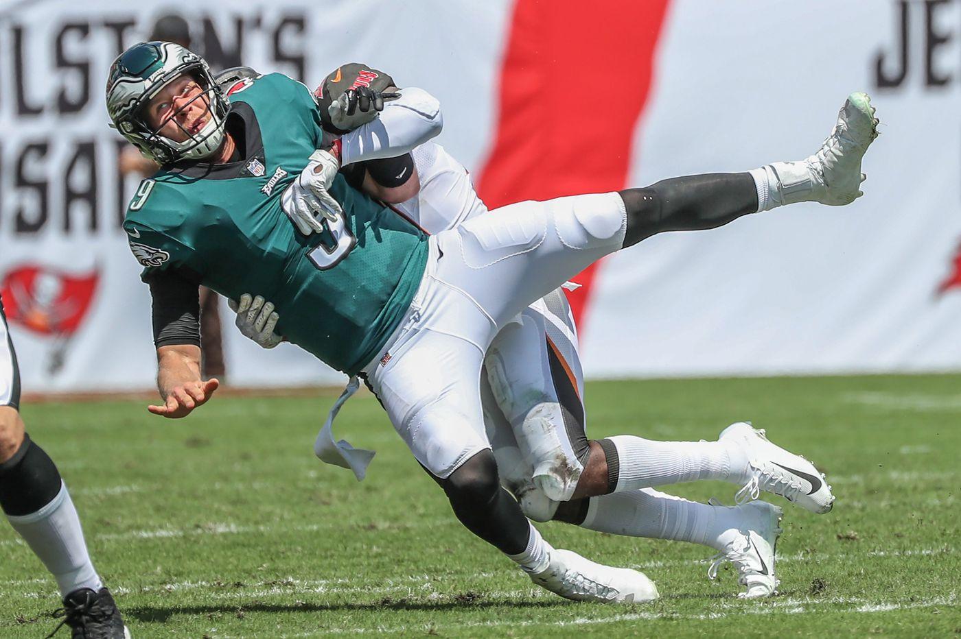 Buccaneers 27, Eagles 21: Ryan Fitzpatrick, DeSean Jackson use big plays to haunt team marred by injuries