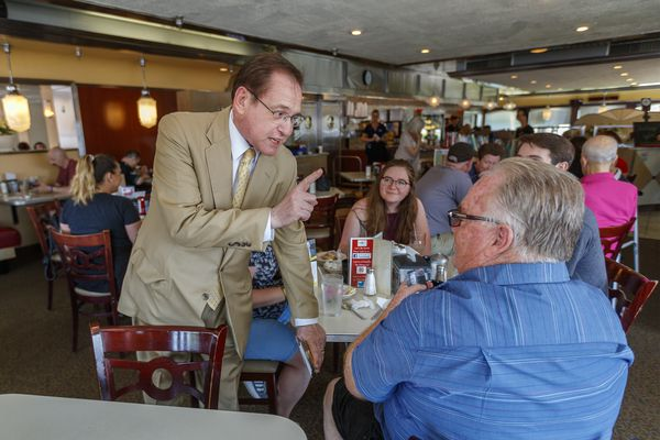 From church pews to diner booths, Philly candidates reach out ahead of Tuesday's primary
