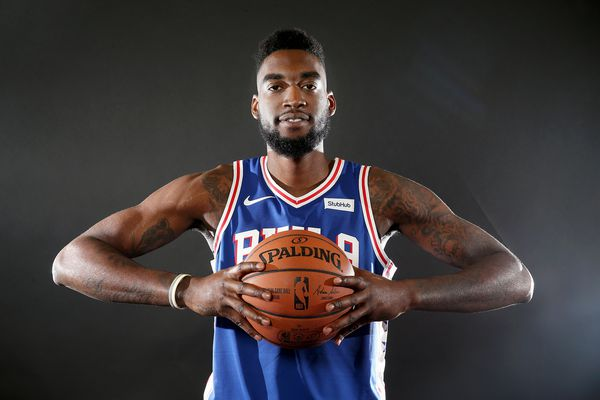 A memorable debut for Sixers center Norvel Pelle