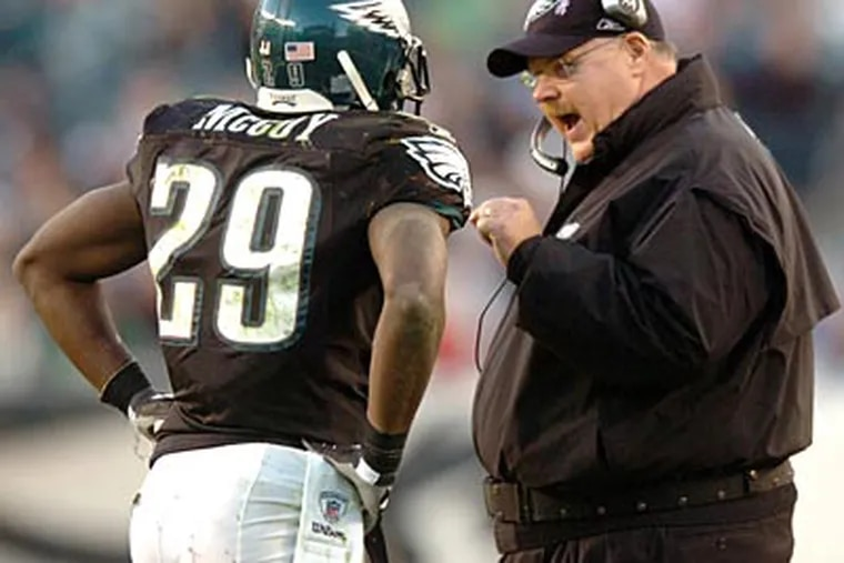 The Eagles and coach Andy Reid have agreed to a three-year extension. (File photo)