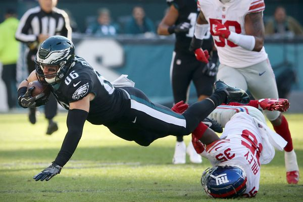 Grading the Eagles: Rush, pass offense earn 'B-plus' in win over Giants | Paul Domowitch