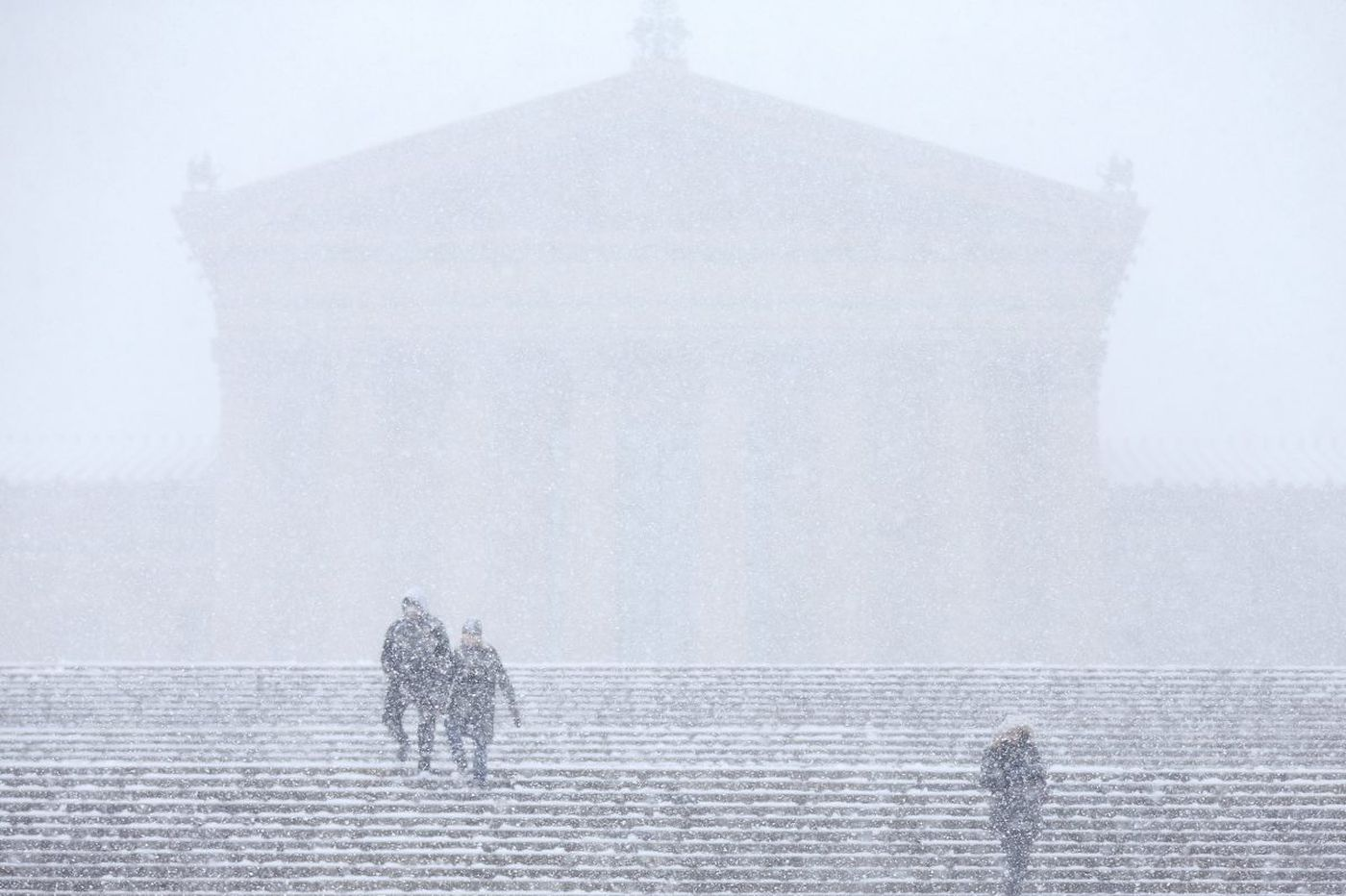 Philly transit, schools, government to reopen after storm