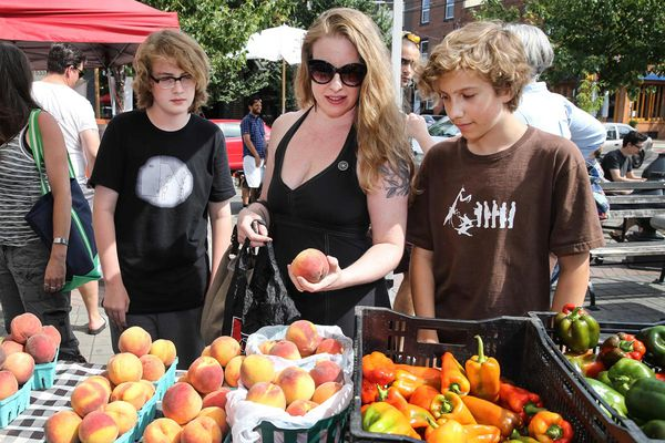 5 fun ways kids can eat well during the summer