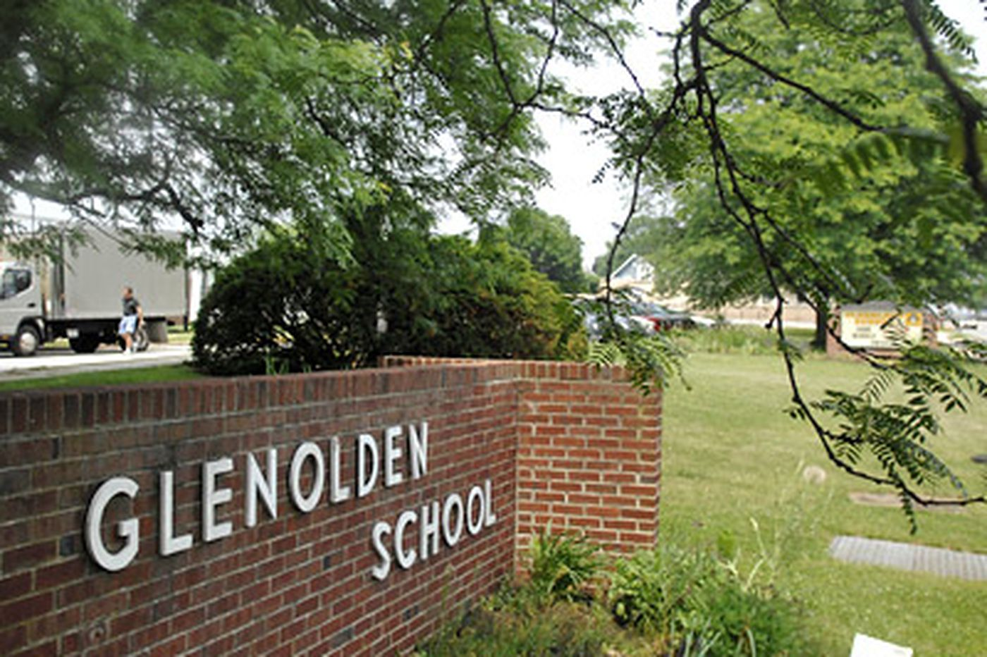 Delco mother held, charged with assaulting 2 Glenolden school employees