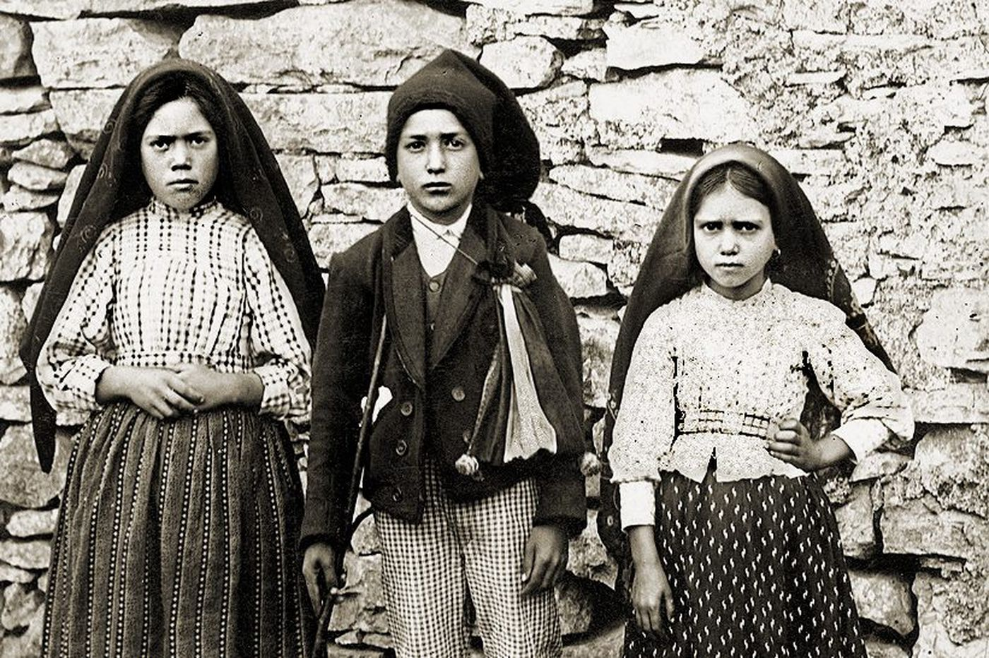 Catholics mark 100 years since Our Lady of Fatima warned about Russia and war
