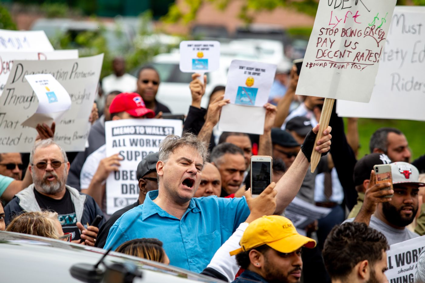 As Uber and Lyft drivers strike across the globe, Philly drivers join the protest