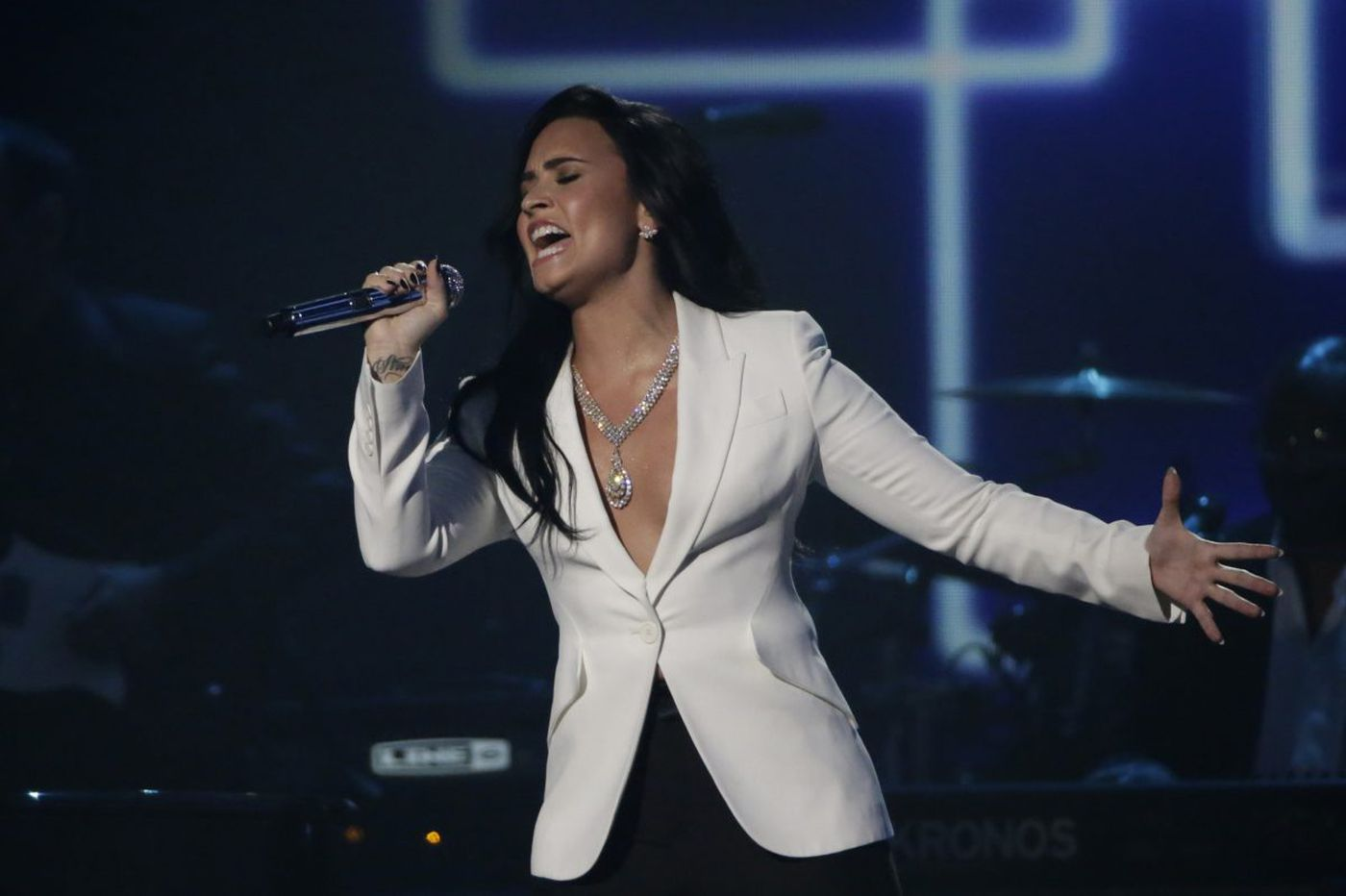 Demi Lovato to play her only East Cost date this summer at Atlantic City beach concert