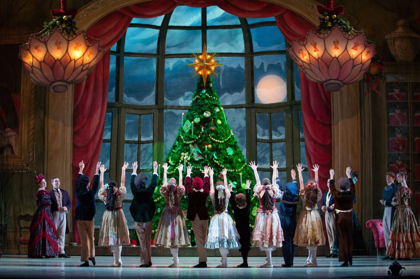 Pennsylvania Ballet hires James Payne as new school director