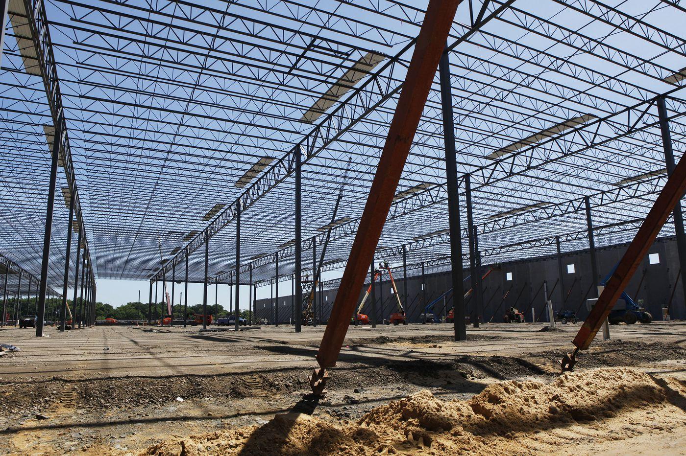 Amazon to open massive distribution center in Burlington, N.J.