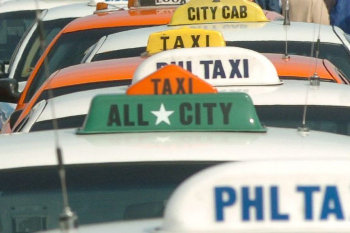 Judge rules Philadelphia Parking Authority not liable for taxi cab losses inflicted by Uber and Lyft