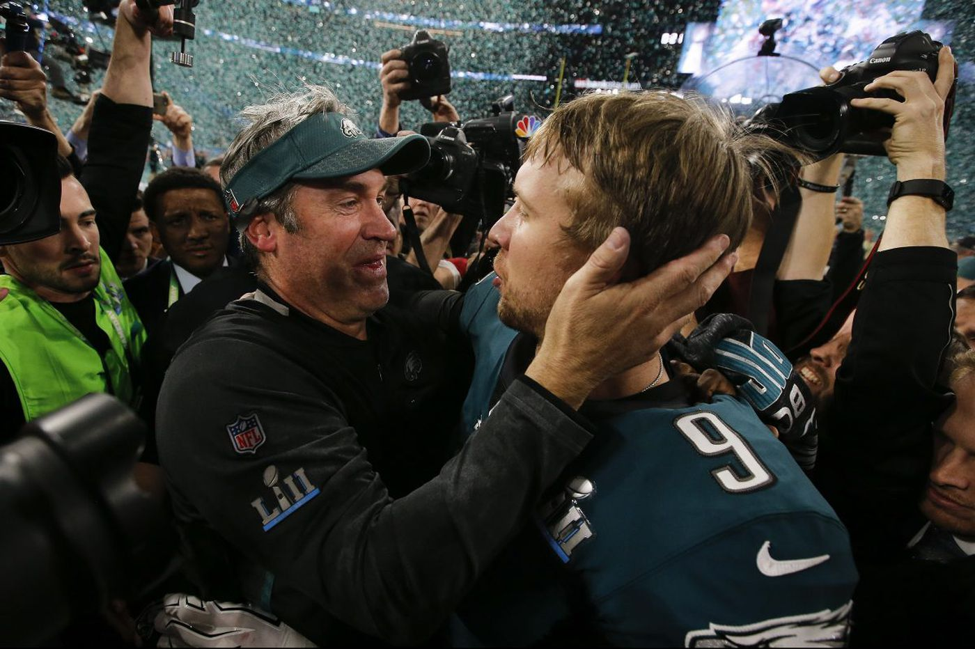 No, Nick Foles will not fetch the Eagles great draft picks | Bob Ford