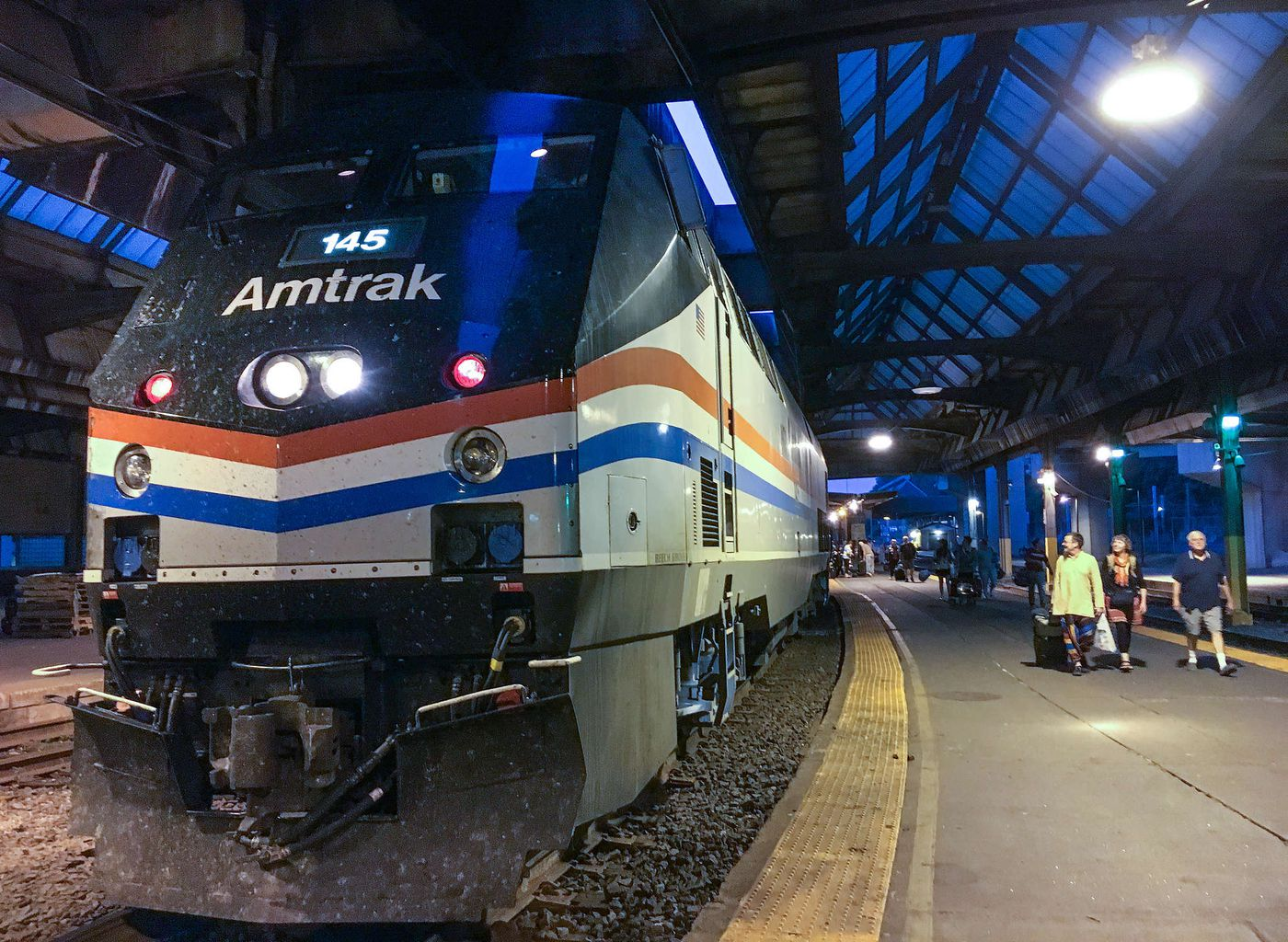 Amtrak's slow ride to Pittsburgh: It's faster to drive