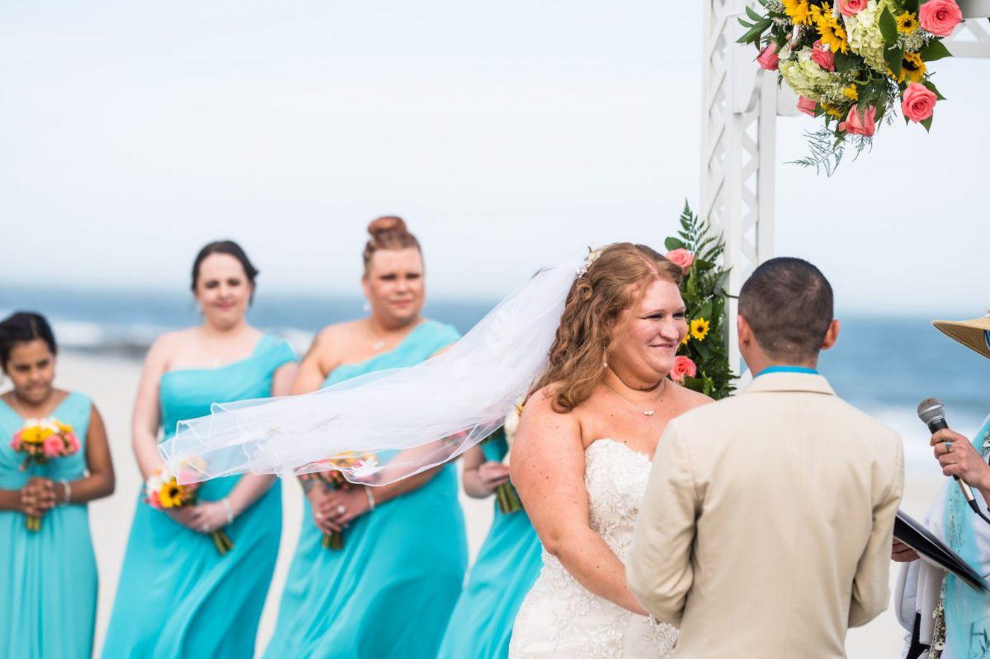 Philadelphia weddings: Lauren Ratkis and Juan Gutierrez