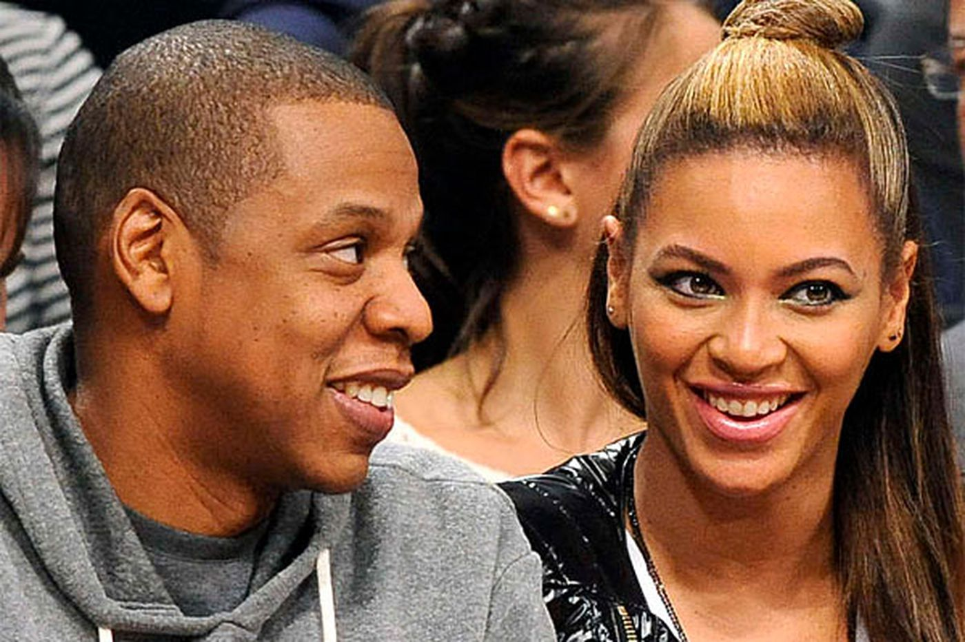Sideshow: Beyonce and Jay Z tour in Philadelphia July 5