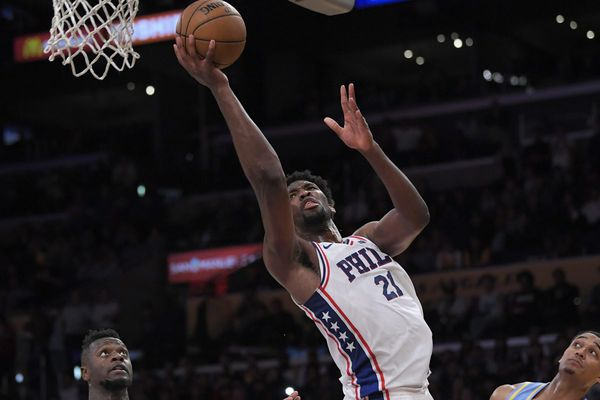 Joel Embiid pours in career-high 46 points as Sixers sink Lakers