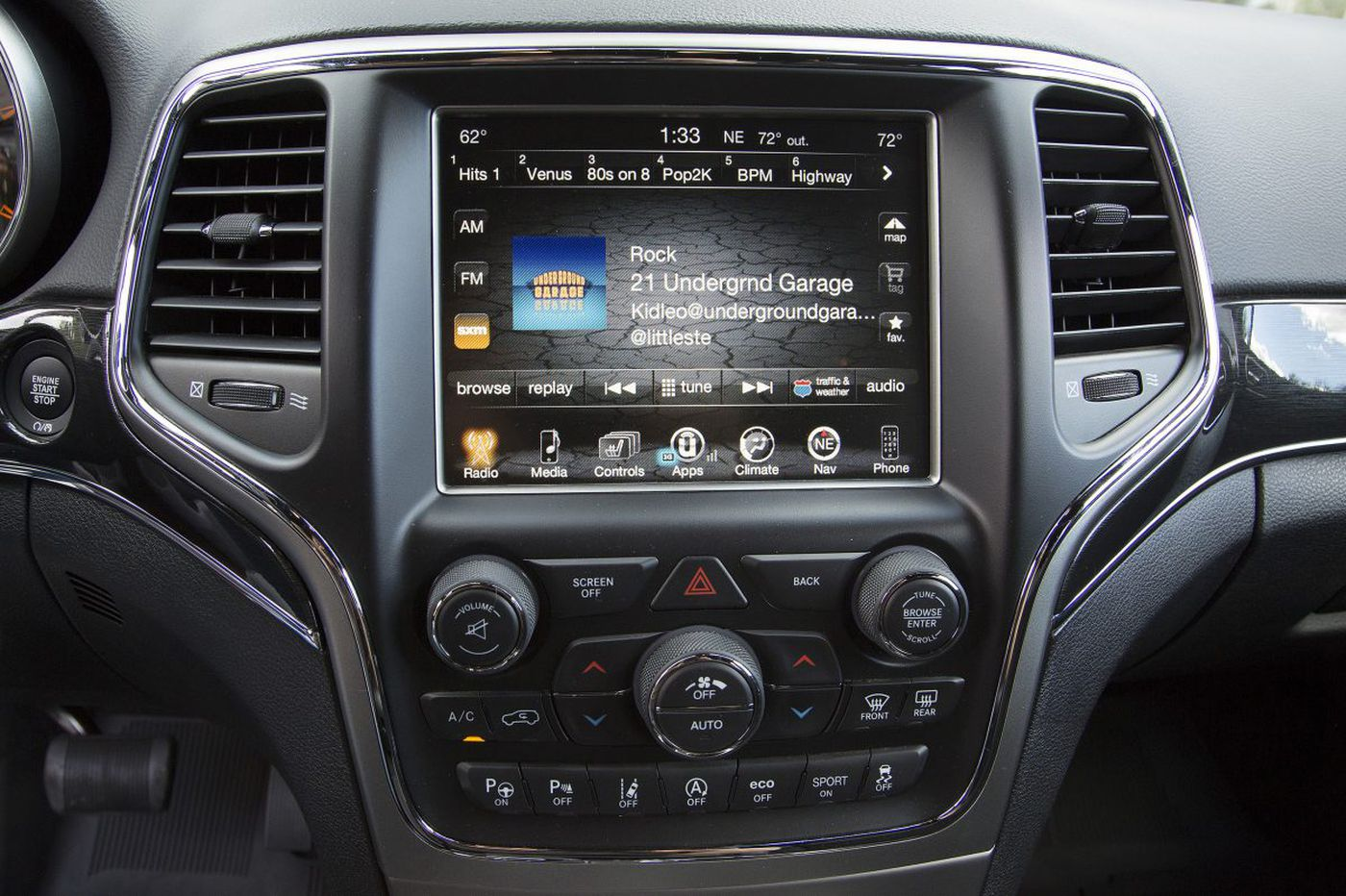 Complex infotainment systems are putting driver lives at risk, says AAA