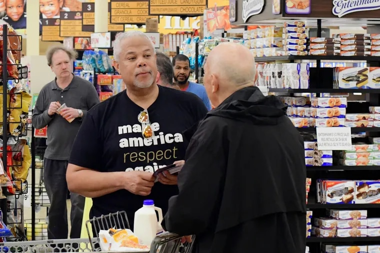 Anthony Williams meets potential voters at the ShopRite in the Eastwick neighborhood of Philadelphia last month.