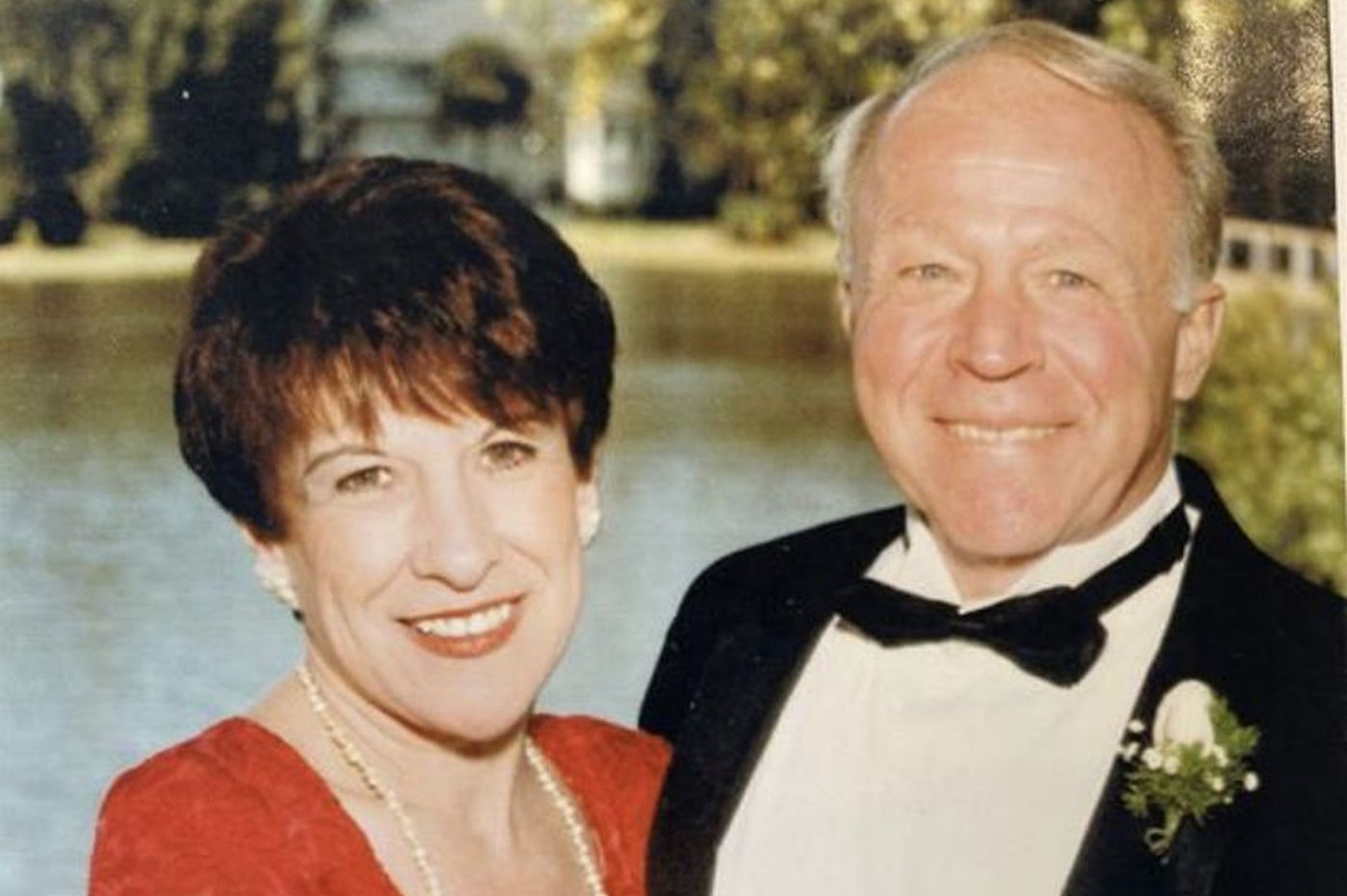 William Logue, Hall of Fame Drexel swimming and diving coach, dies at 86