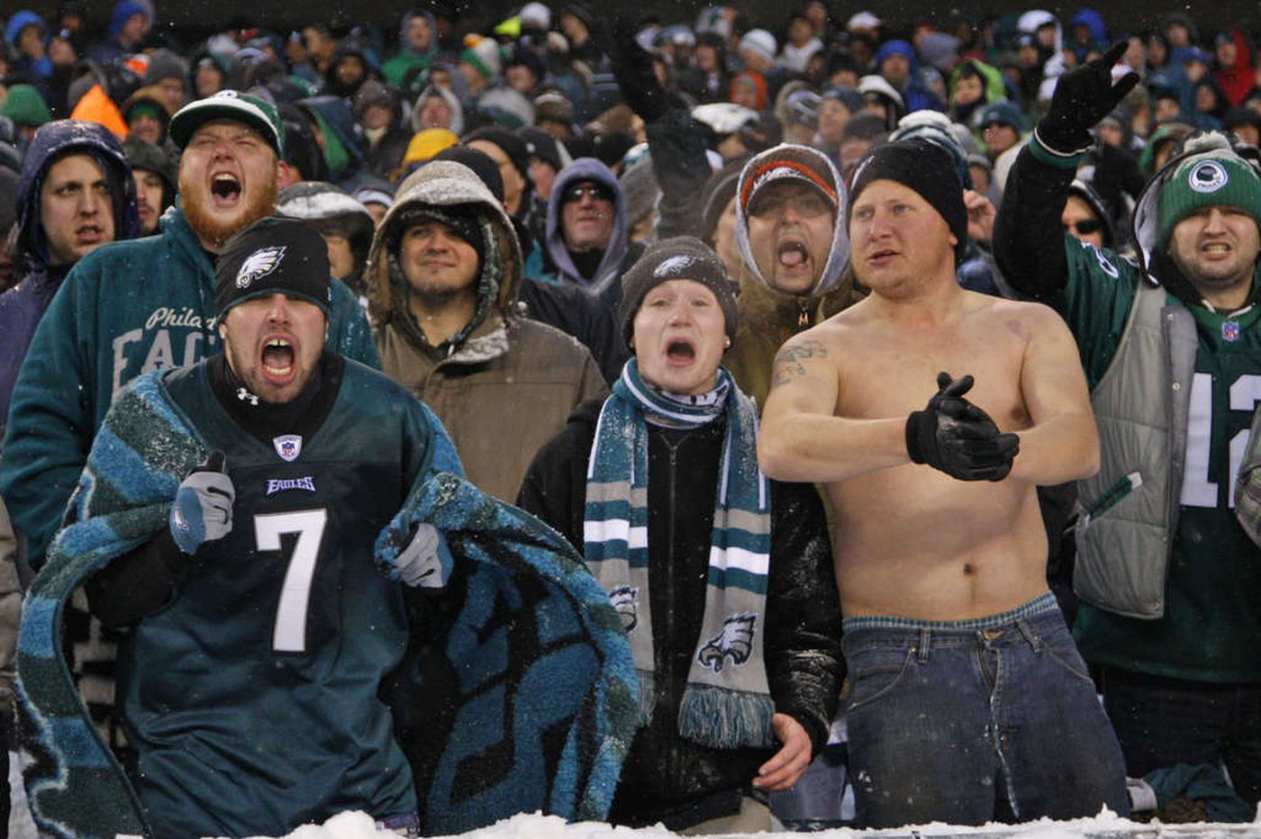 Weather was frightful, but Eagles' win delightful