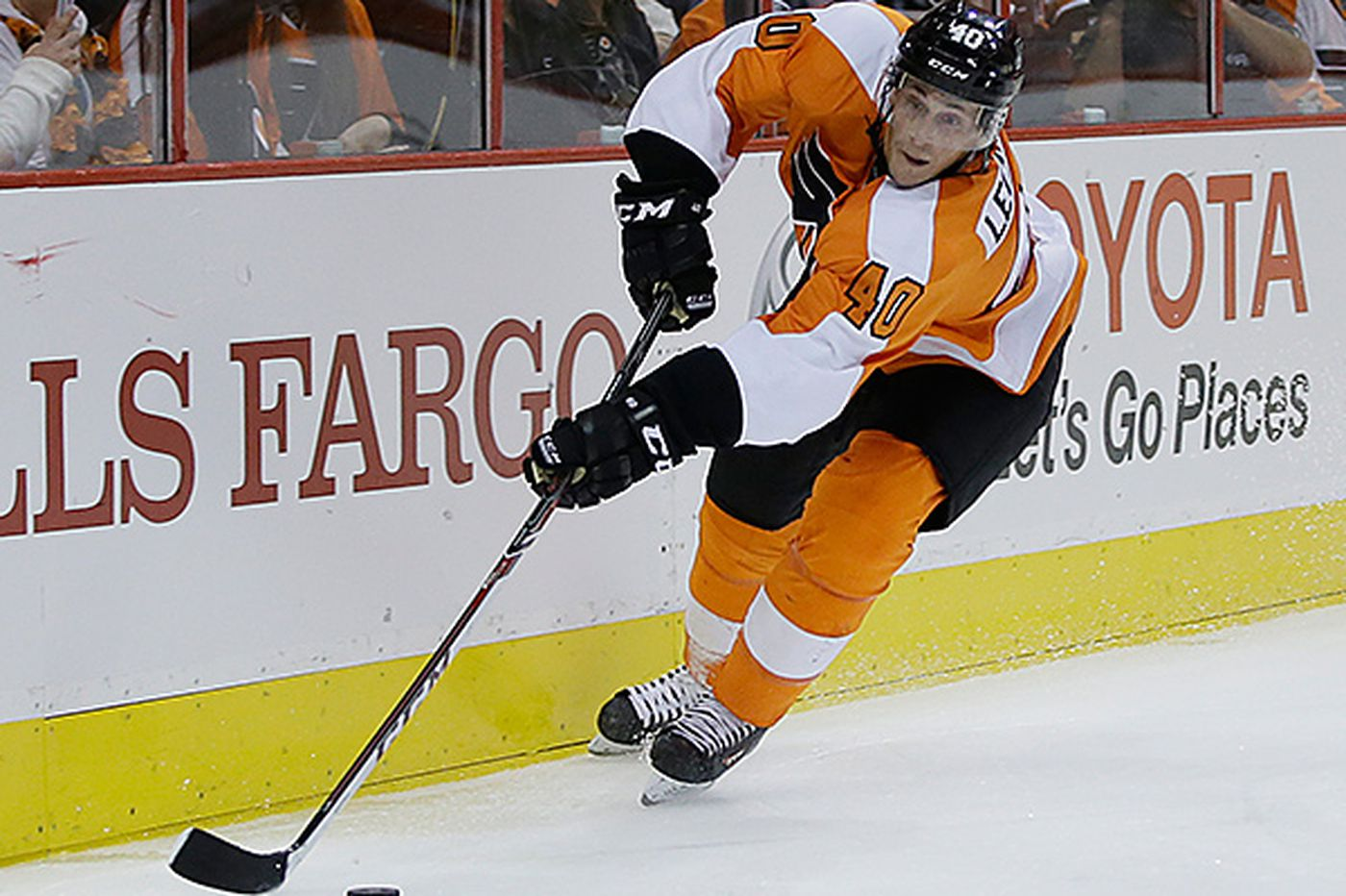 Flyers Notes: Berube retools lines for Game 3