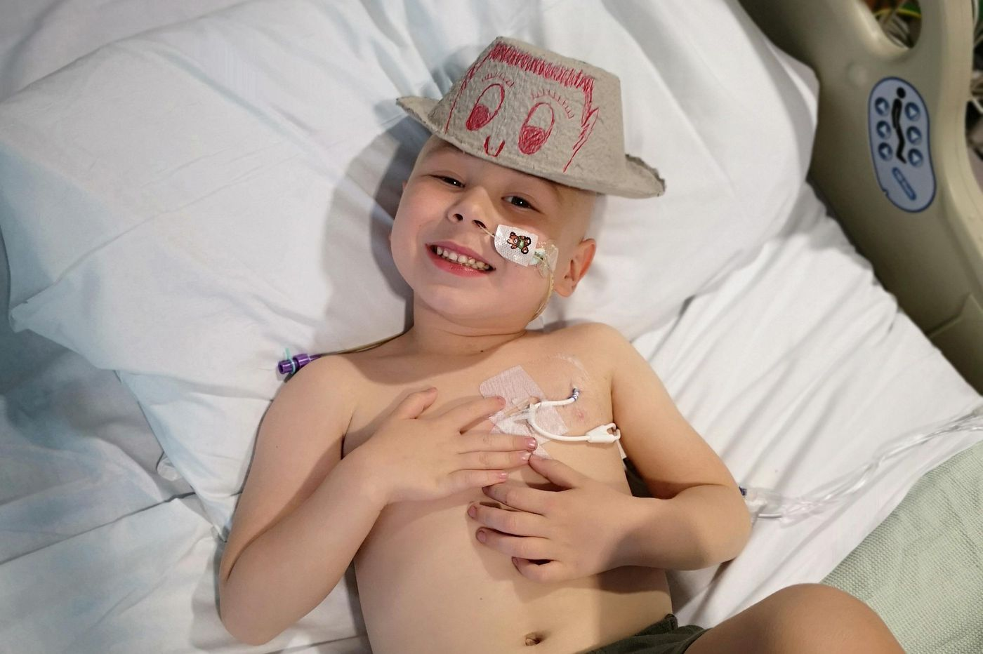 Parents of British 4-year-old seek T-cell leukemia therapy in Philadelphia