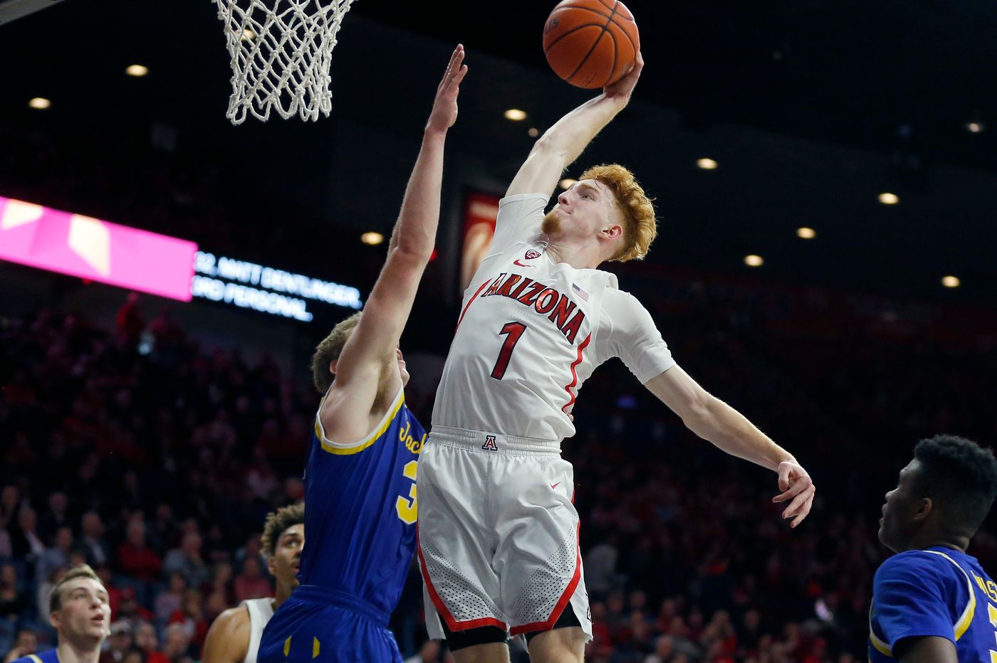 Arizona's Nico Mannion is a possible backup point-guard option for Sixers