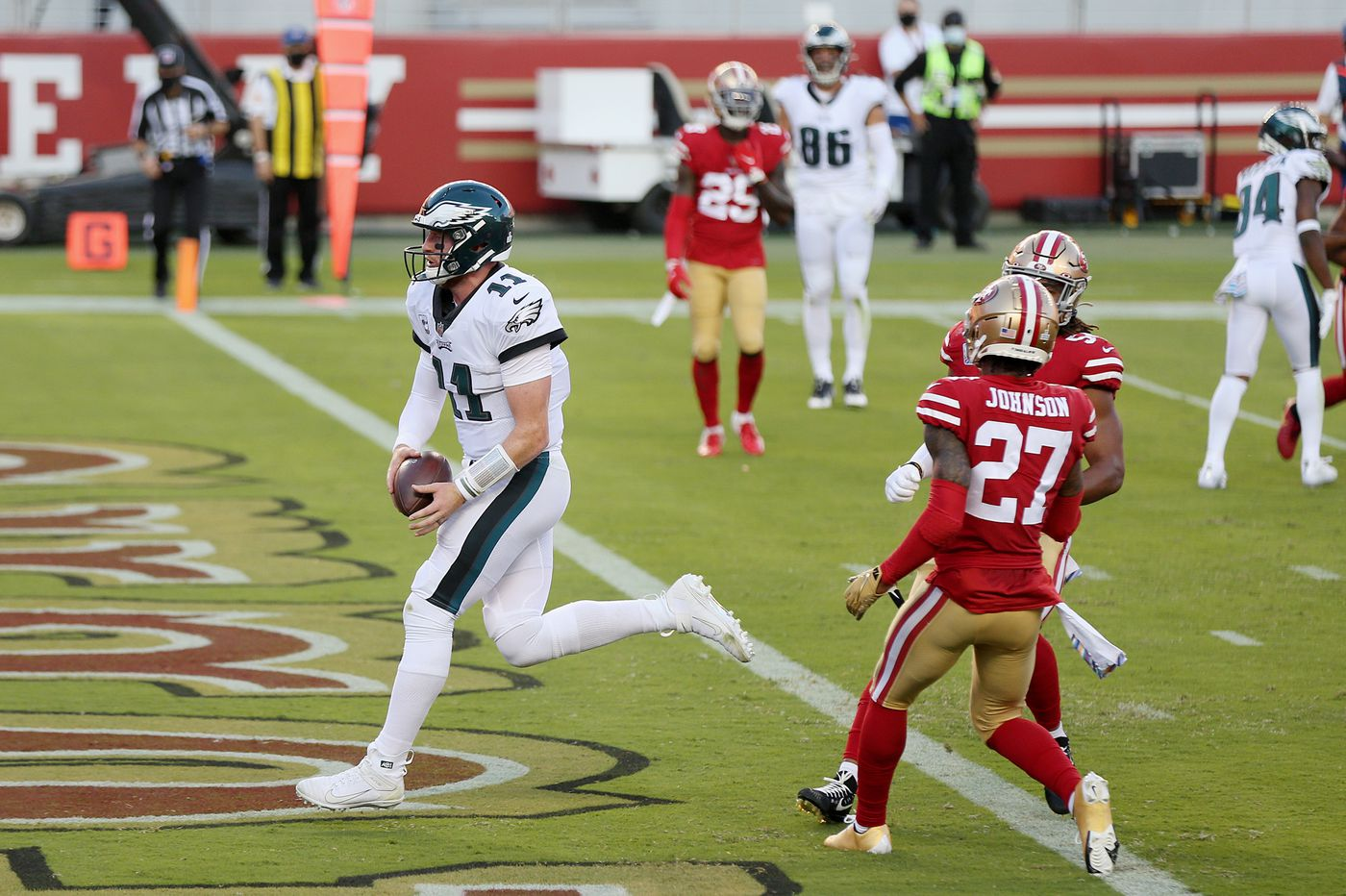 Eagles quarterback Carson Wentz using his legs more isn't on purpose, but it's his most effective tactic so far
