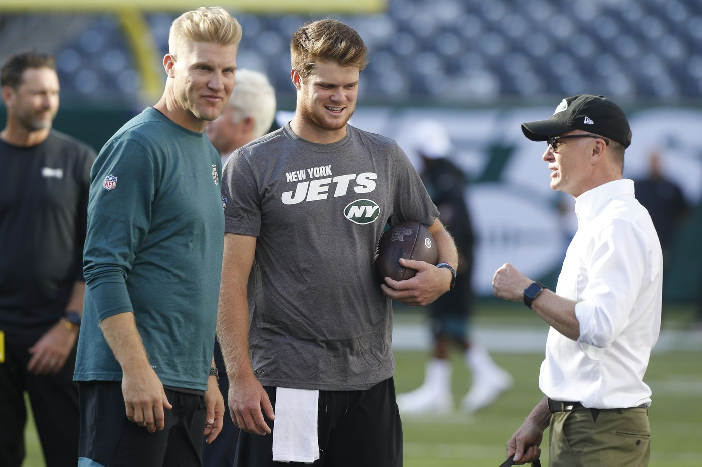 Jets owner Woody Johnson investigated for racist remarks and promoting Donald Trump's business, NFL fans must wear masks, and other sports news