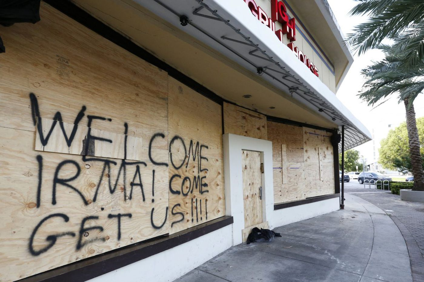 Irma tales: Philly-area transplants in Florida debate whether to stay or go