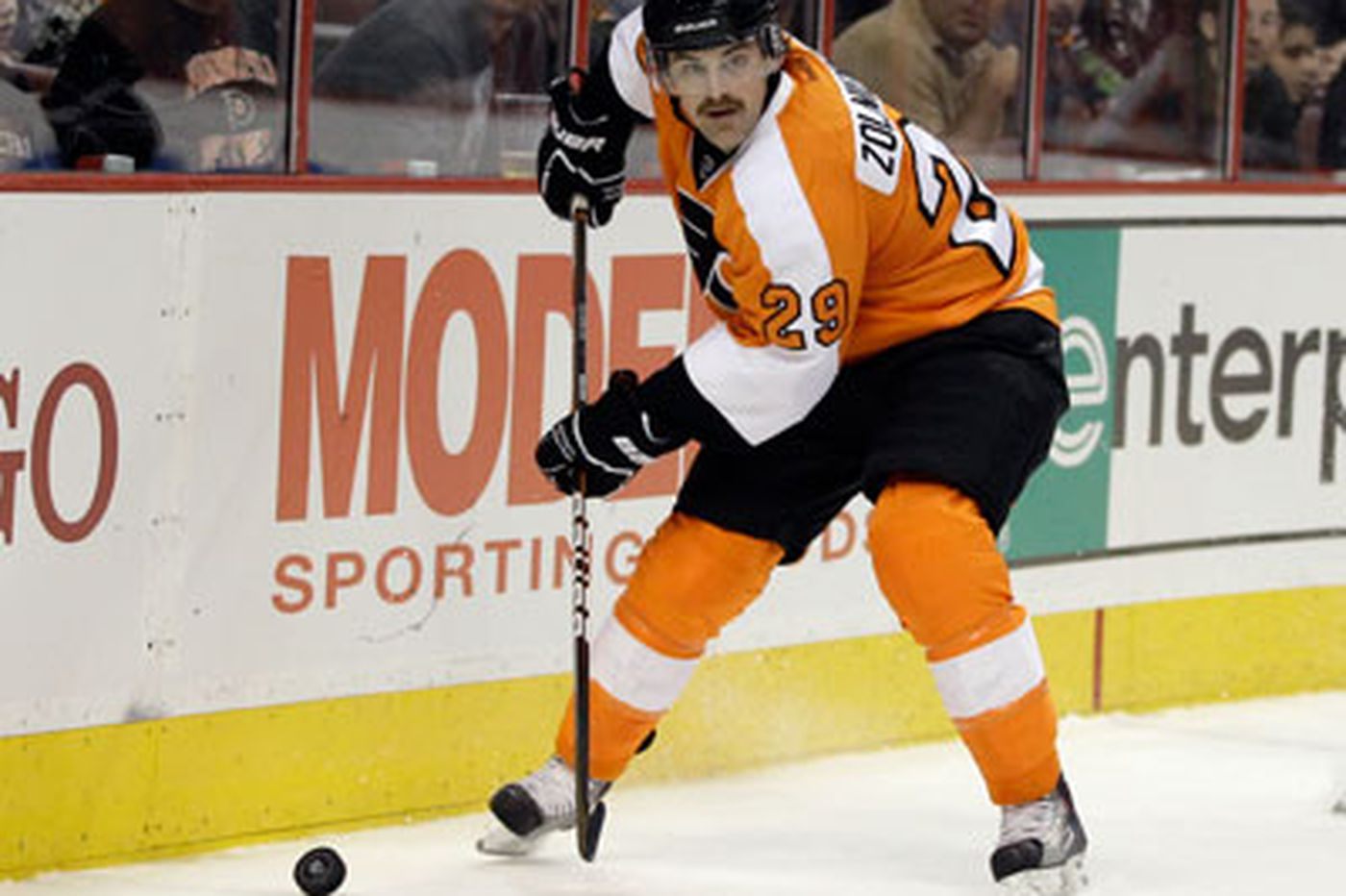Flyers Notes: Zolnierczyk impressive at center