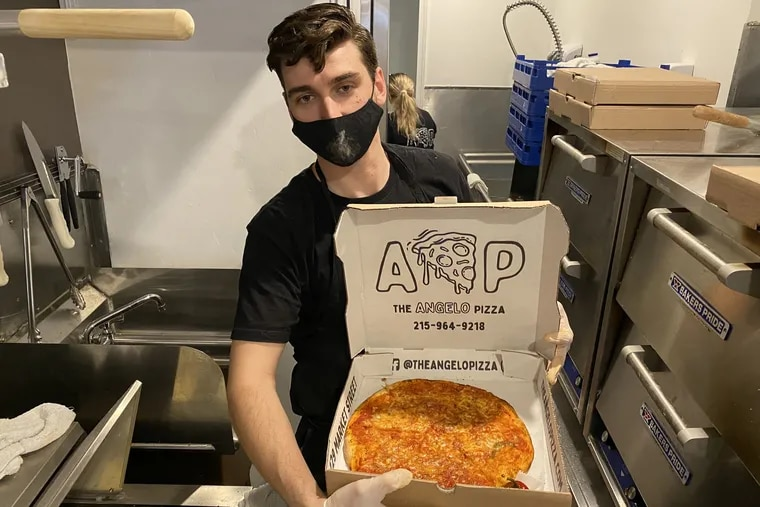 Angelo Pizza with an Angelo, a plain cheese pizza.