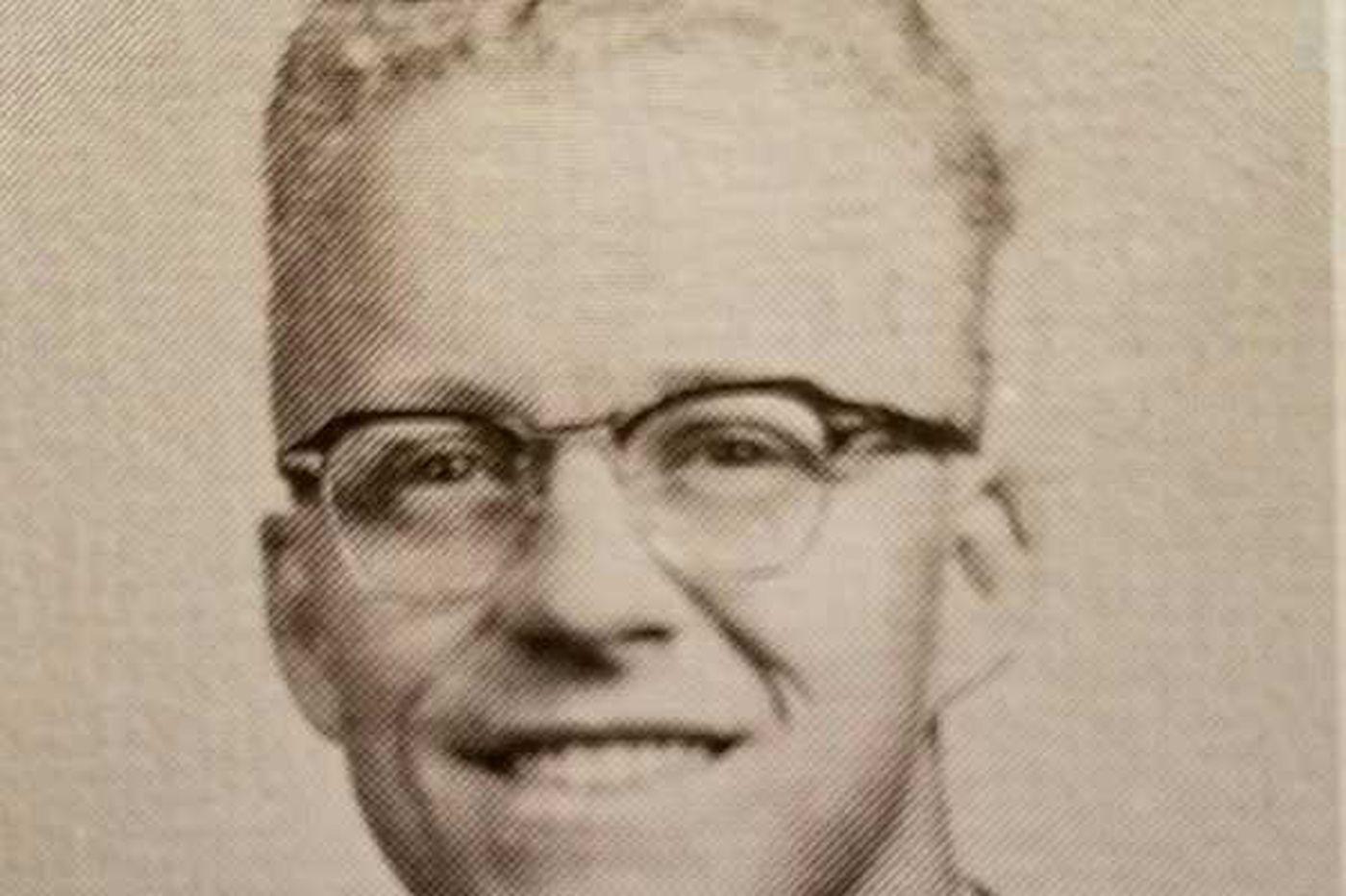 Charles H. Fox, 74, aerospace engineer for NASA