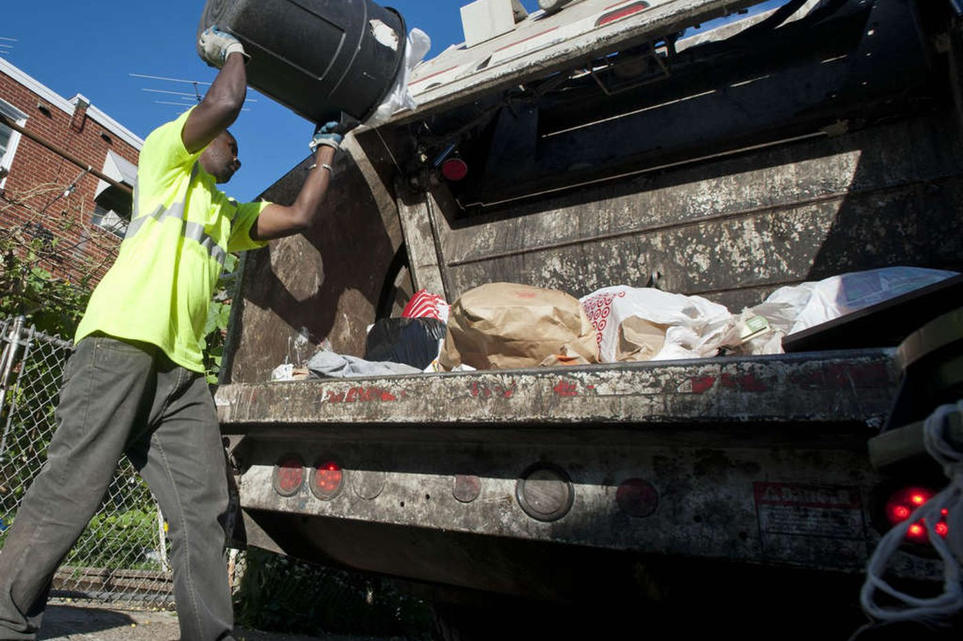 Can tech companies help Philadelphia cut down on trash? City officials hope so.