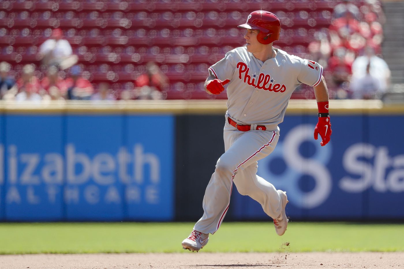 Phillies' J.T. Realmuto showing no signs of fatigue at plate or behind it