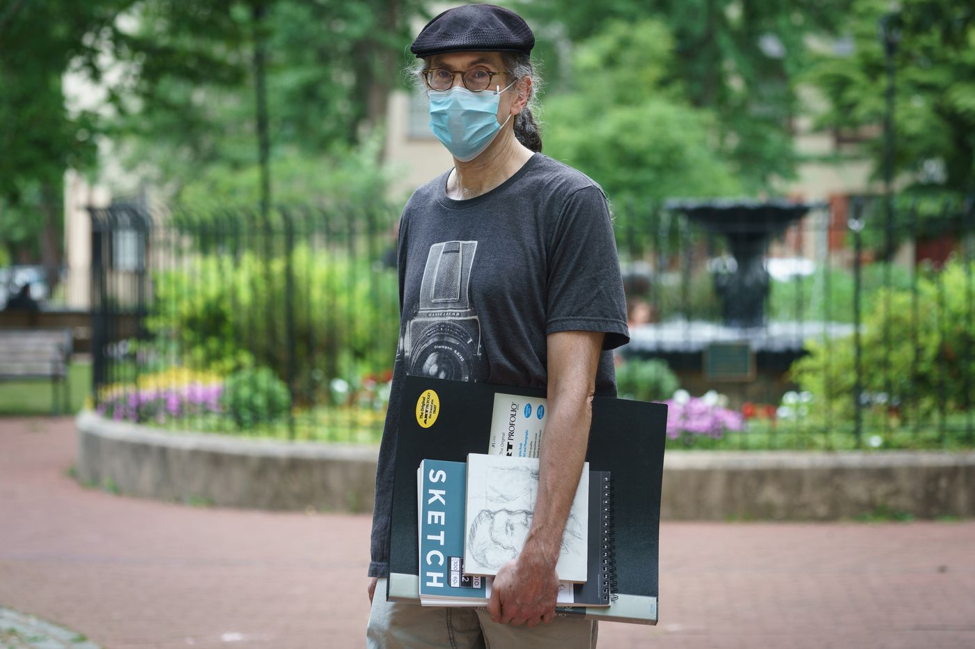 This artist has been on a mission to draw Philadelphians claimed by coronavirus. Now he's looking for others to help.