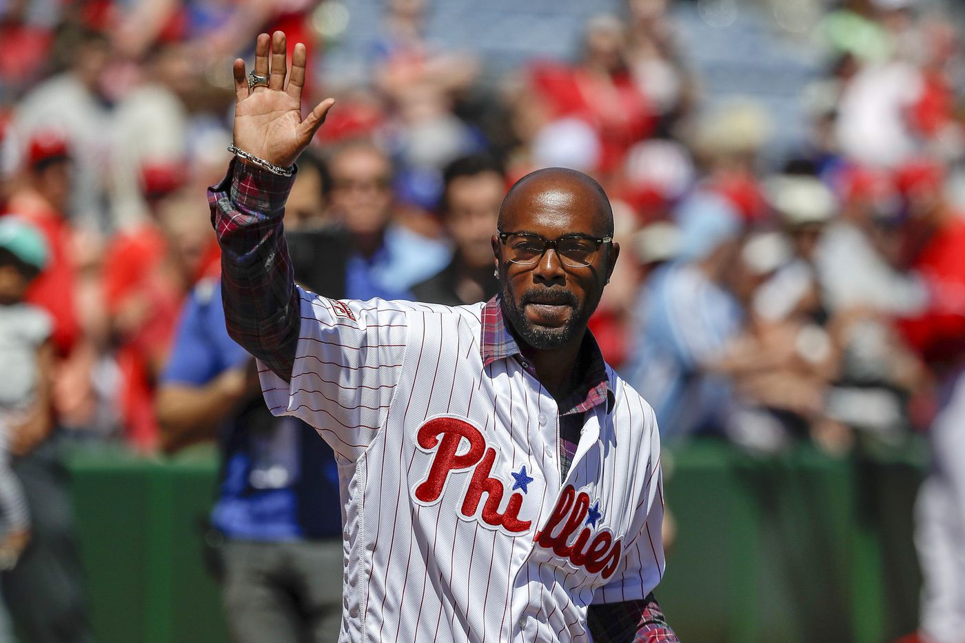 Jimmy Rollins drops in on Phillies, imparts winning mentality