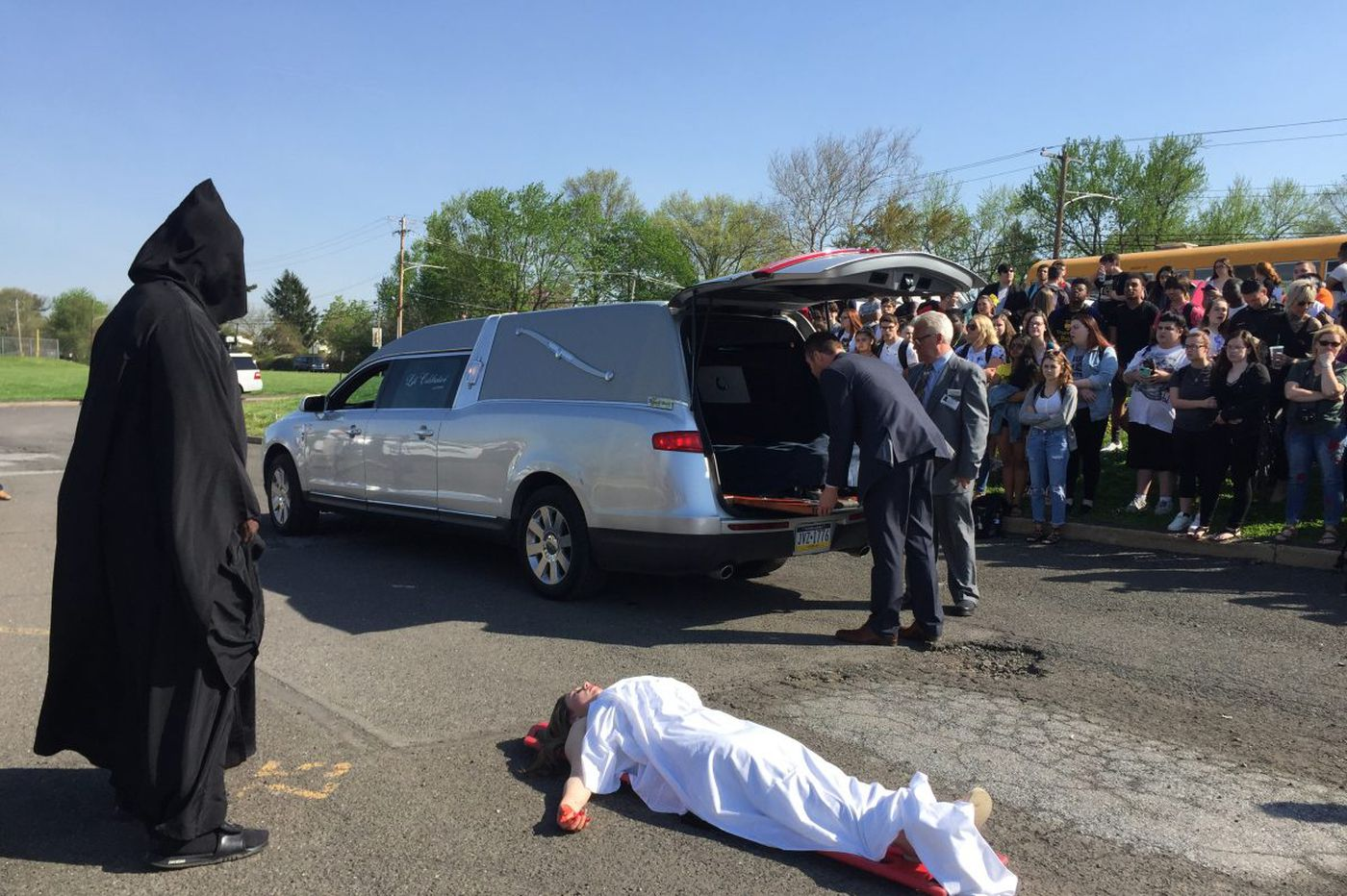 Will mock car crash at Bucks high school keep kids from drinking and driving?
